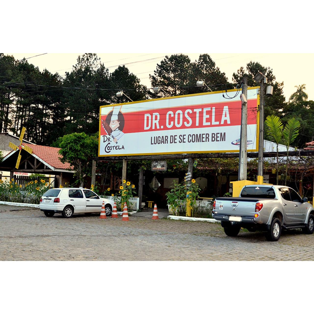 Dr. Costela